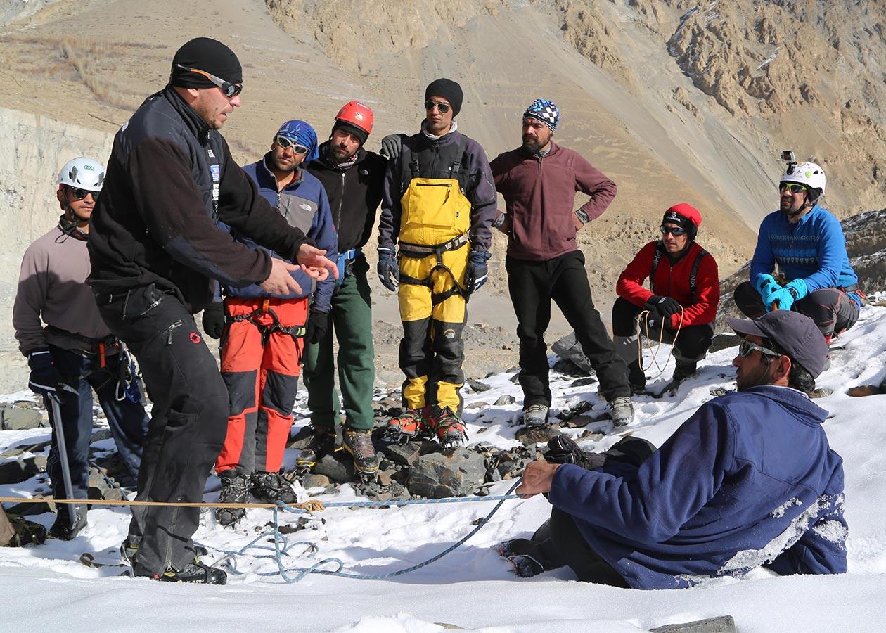Mountain_Climbing_Training_Event