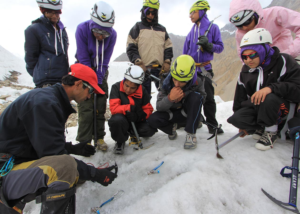 Youth_Alpine_Initative_Training